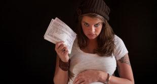 Wer zahlt Gehalt bei Schwangerschaft?